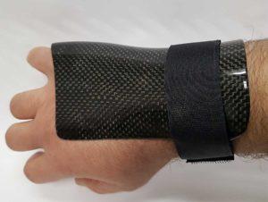Protezione/tutori in carbonio Metacarpale Quarto e Quinto osseo Mano Sinistra